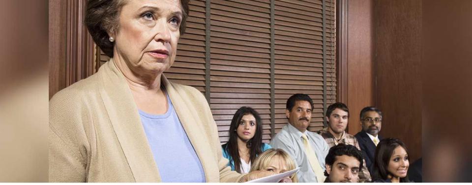 O Briefing e o dia em que com apenas duas respostas, uma senhora levou os advogados à lona!